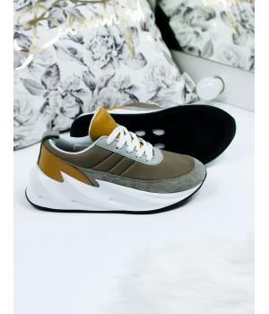 Женские кроссовки Adidas Sharks  Brown/White