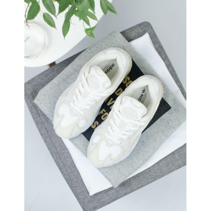 Кроссовки женские Adidas Yung  Beige