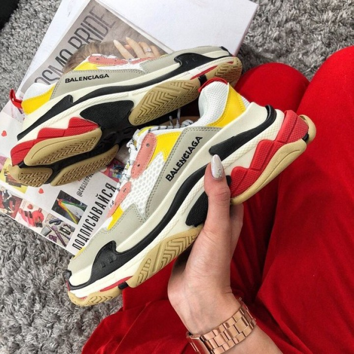 Кроссовки Balenciaga Triple S Pink Yellow
