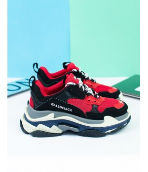 Кроссовки Balenciaga Triple-S Red
