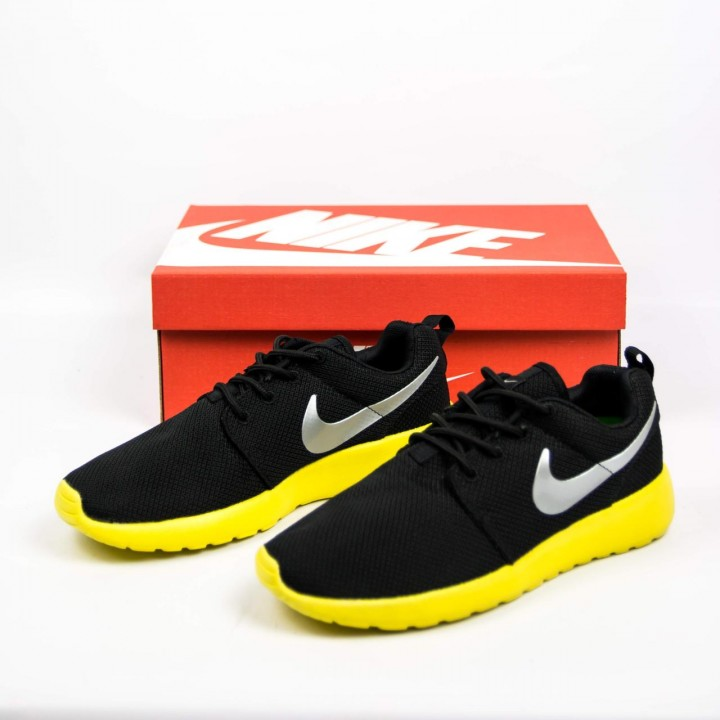 Кроссовки Nike Roshe Run Black/Yellow
