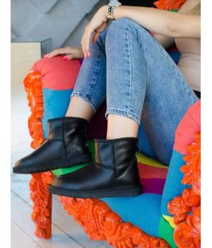 Ugg Classic Leather Mini Black