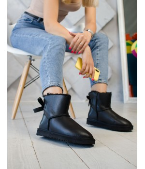 Ugg Bailey Bow Leather Black Mini