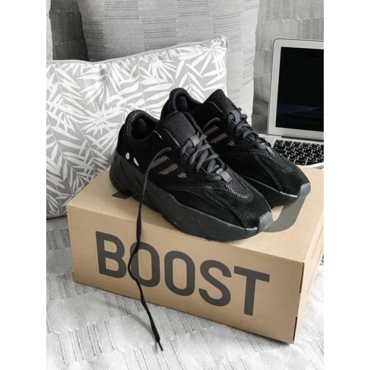 Мужские кроссовки Adidas Yeezy Boost 700 Runner Triple Black 2