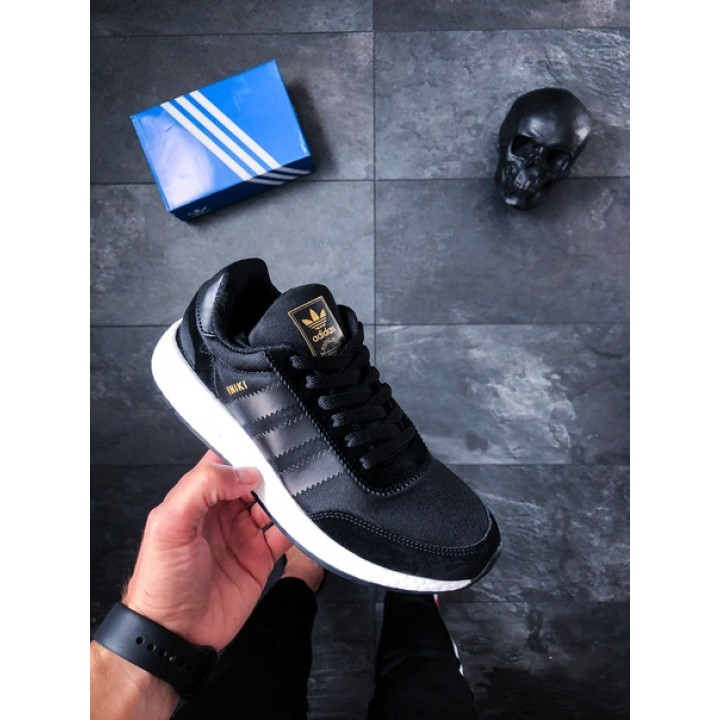 Мужские кроссовки Adidas Iniki Runner (Core Black / Core Black / Ftwr White)