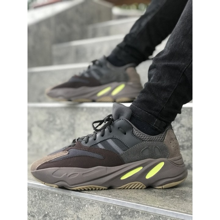Мужские кроссовки Adidas Yeezy Boost 700 Brown